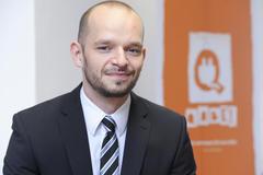Peter Leppelt, Qabel